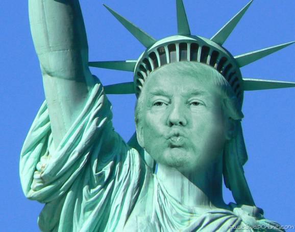 Trump Statue