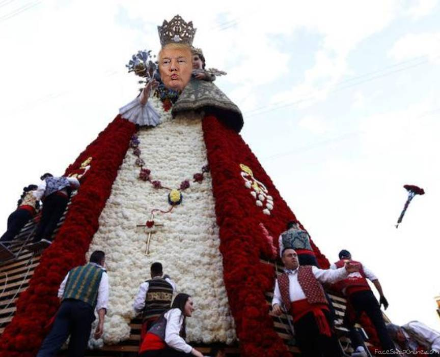 Trump Virgen en las Fallas 2018