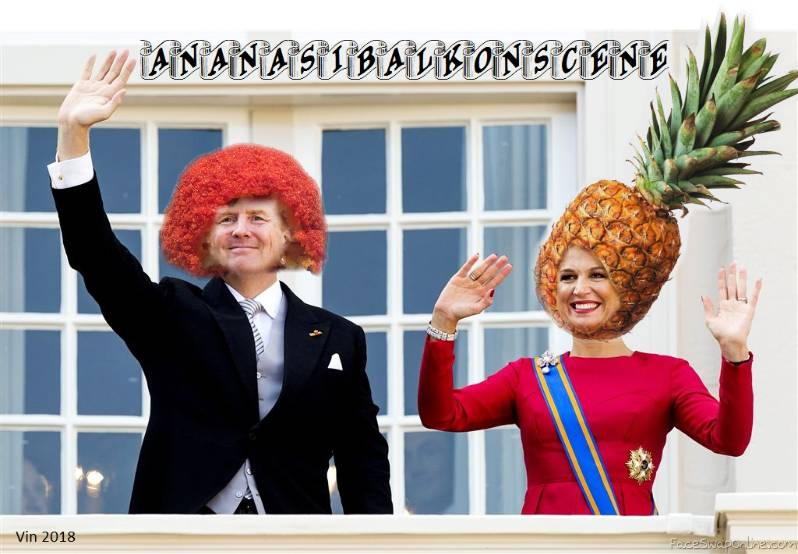Ananasibalkonscène (Dutch king and queen on balcony)