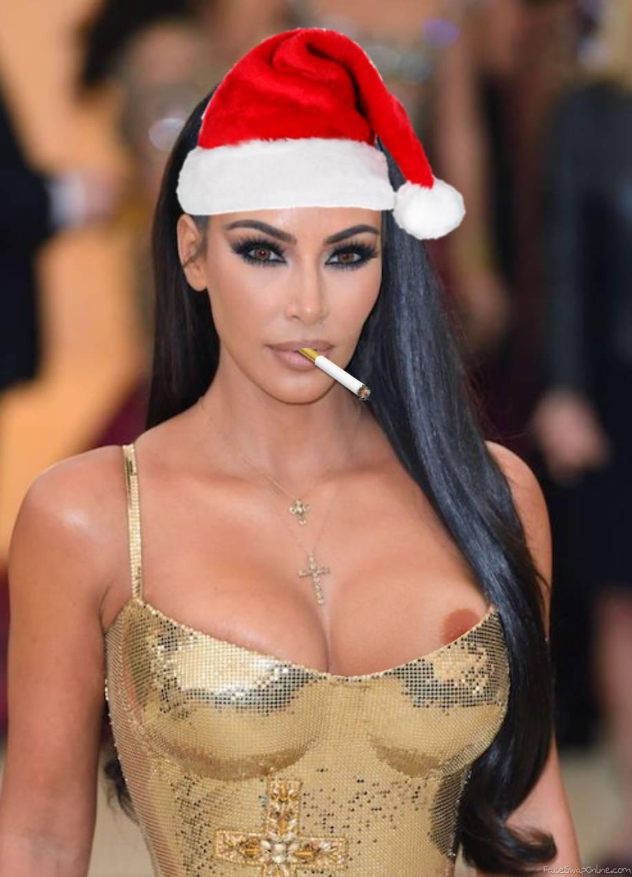 Kim Kardashian smoking hot