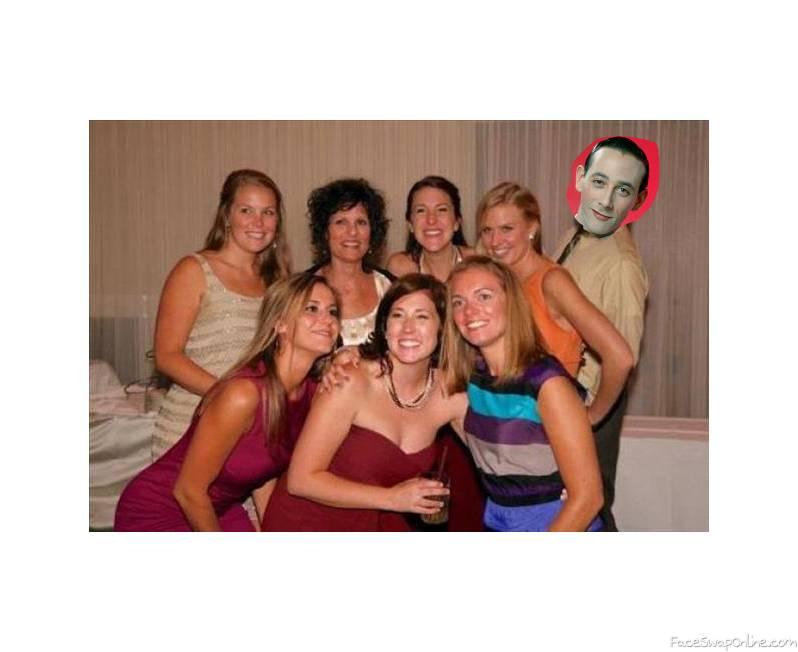 Per Wee Herman's photobomb