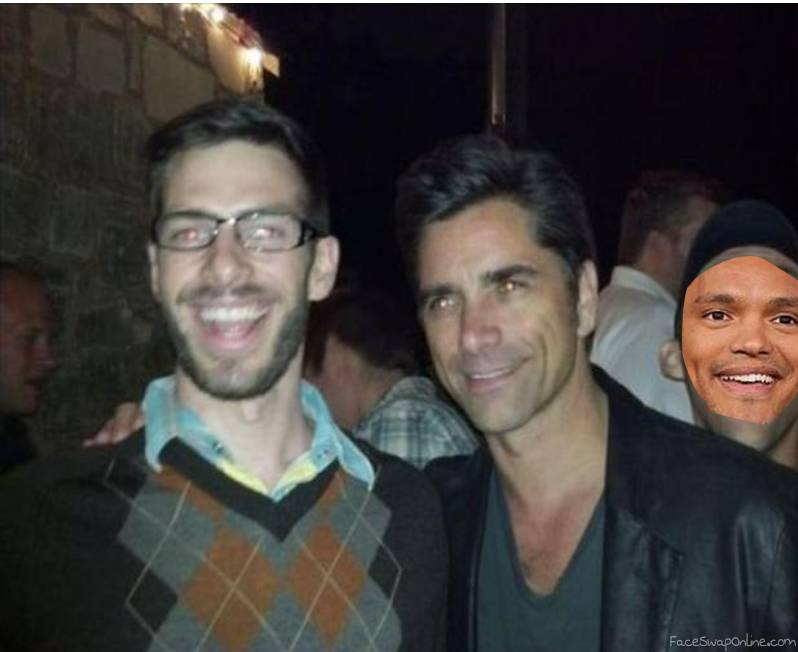 Trevor Noah's photobomb of a picture with John Stamos