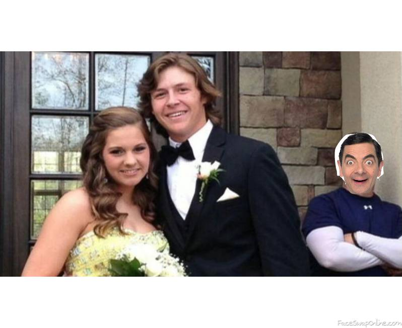 Mr Bean photo bombs a HS prom picture