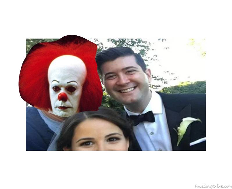 Pennywise photo bombing a formal picture