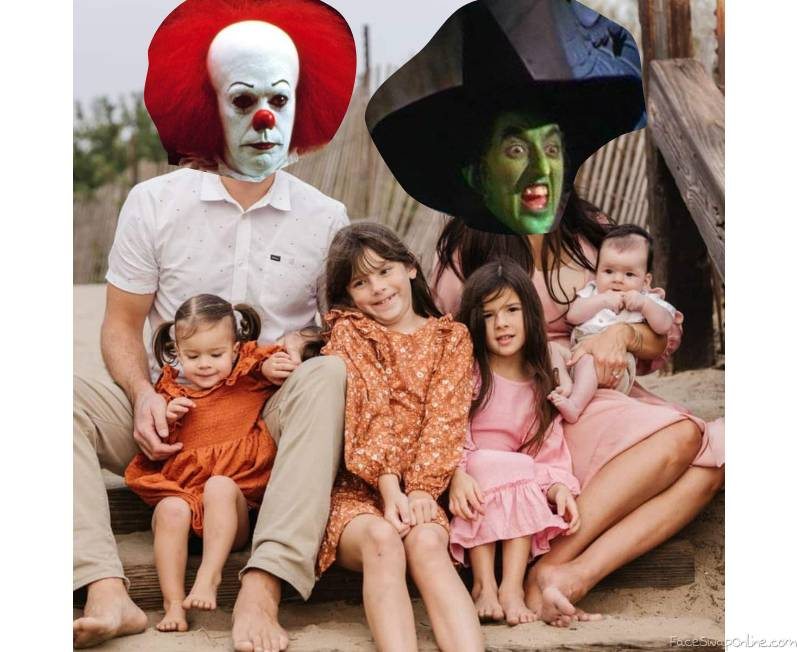 Pennywise and Wicked Witch of The West's Family Picture 2021